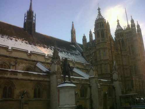 houses of parliament snow